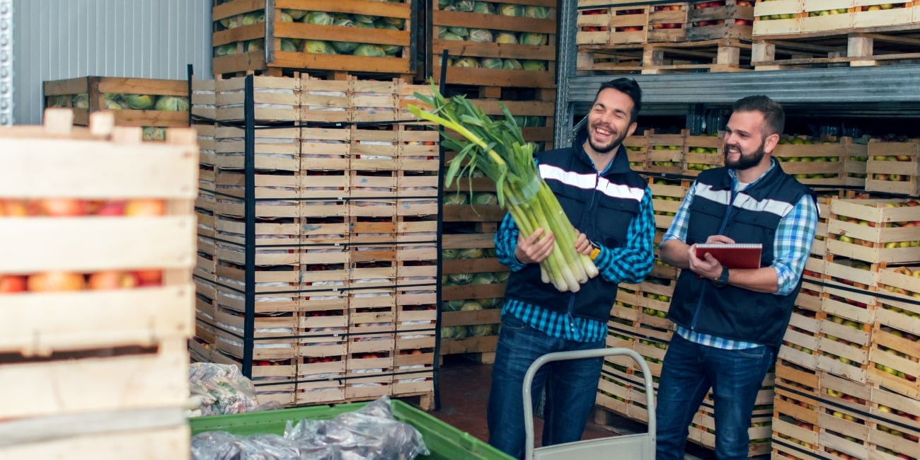 10 Ways to Effectively Track & Control Inventory Across Your Organization